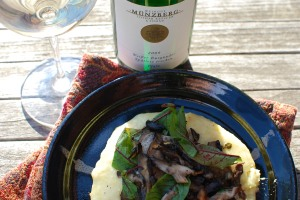 Pinot Blanc provides a beautiful, bright counterpoint to creamy, cheesy polenta and earthy mushrooms.