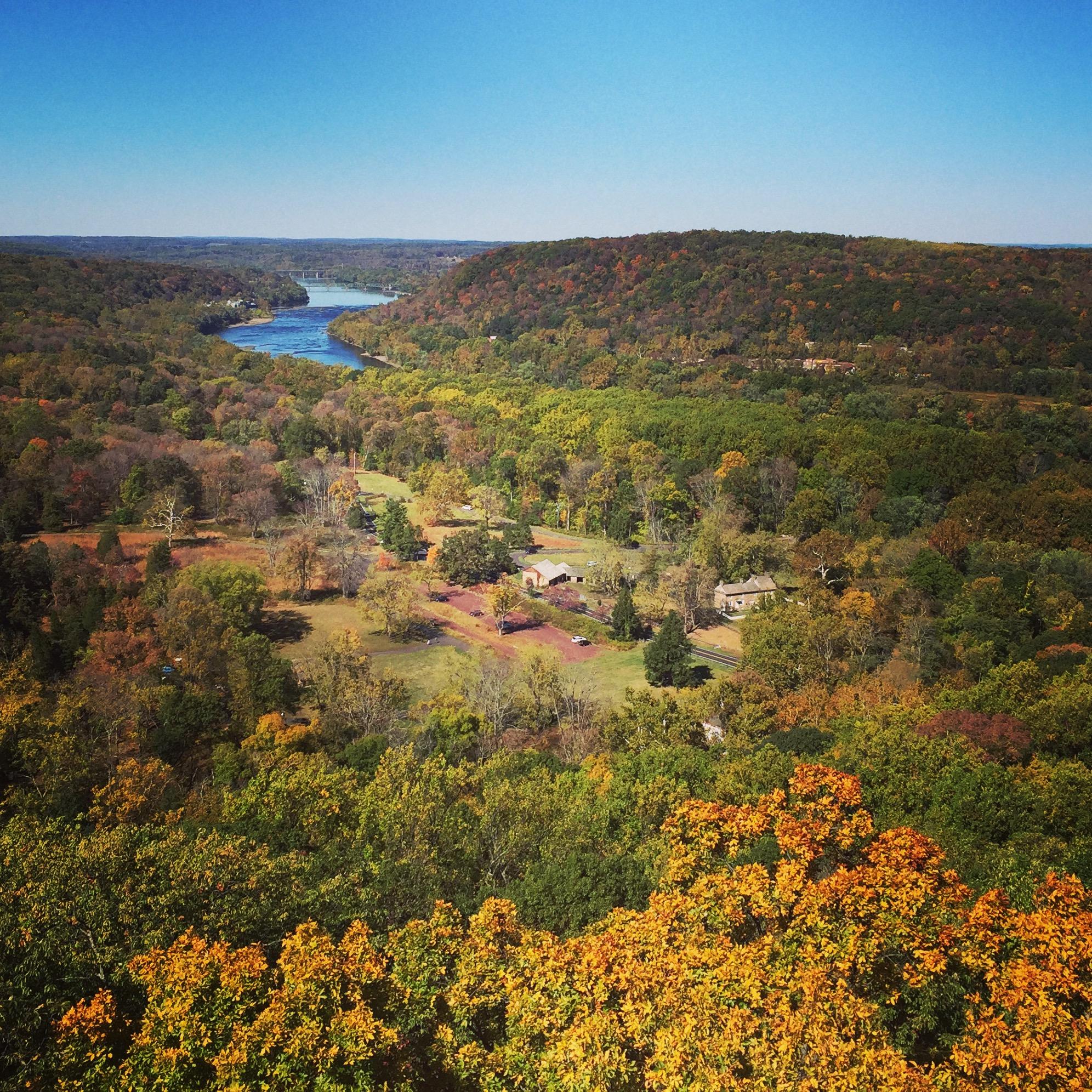 4 Amazing Spots For Viewing Fall Foliage Near Philadelphia